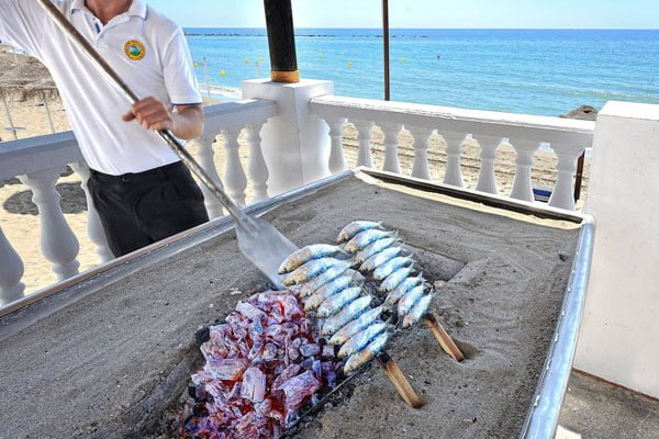 Los mellizos chef cristobal mart n - Los mellizos puerto marina ...